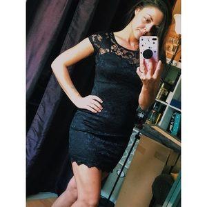 🖤✨ Little Black Lace Dress ✨🖤